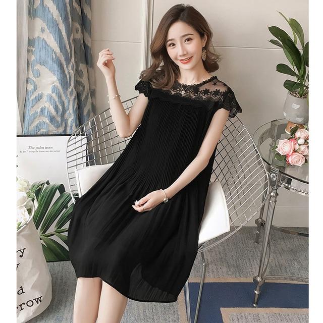 Sleeveless Lace Maternity Dress 1