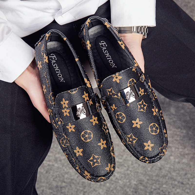 Plus Size 38-48 Flat Shoes Men Loafers Soft Slip On Shoes High Quality Leather Casual Shoes Moccasins Men Gommino Driving Shoes