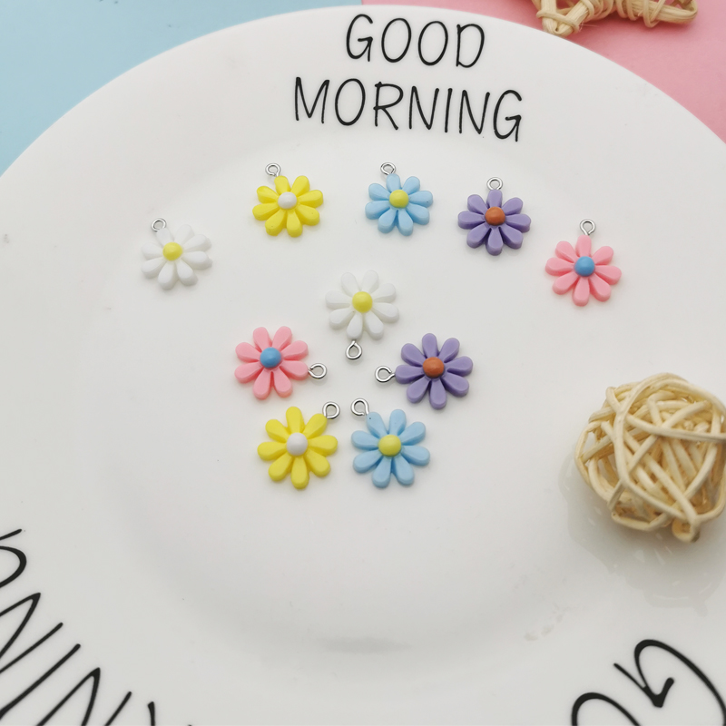 20Pcs Kawaii Resin Little Daisy Sun Flower Charms Pendants For DIY Decoration Earrings Key Chains Fashion Jewelry Accessories 5