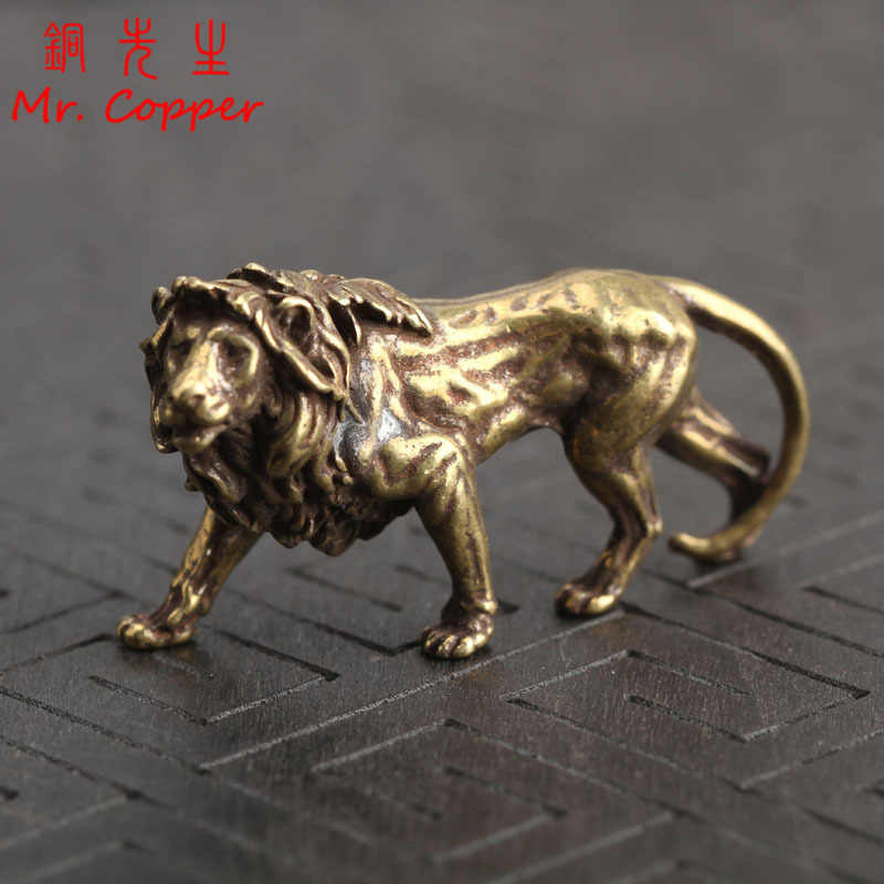 Pure Copper Majestic Lion King Miniatures Figurines Desk Decorations Vintage Brass Mini Animal Statue Home Decor Ornaments Craft
