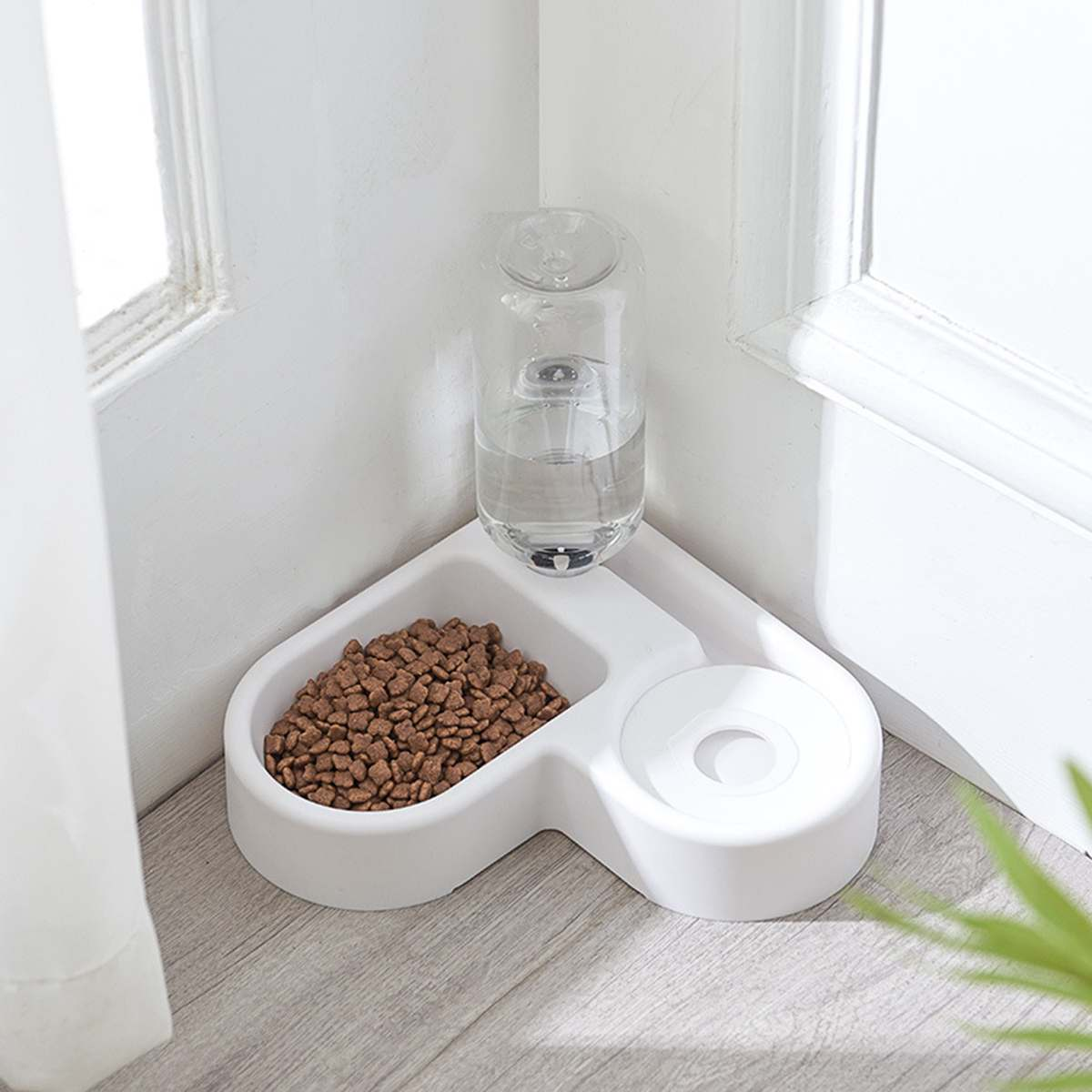 Cat Bowl Dog Water Feeder Bowl Heart Shape Cat Drinking Fountain Food Dish Pet Bowl Goods