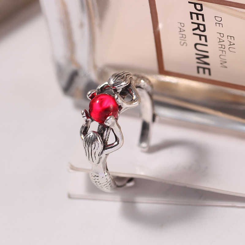 2019 Vintage Mermaid สีแดงลูกปัดแหวนสำหรับผู้ชายผู้หญิง Unisex Retro Skull โครงกระดูกแหวนคริสตัล Punk Boys Party เครื่องประดับของขวัญ