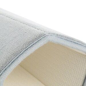 Image 4 - 1pc Home Coral Fleece mata łazienkowa antypoślizgowy dywanik z pianką z pamięcią kształtu miękki dywan na podłogę Super chłonny 40x60cm