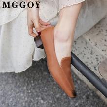 Весной к 2020 году новых квадратных ног низкий каблук туфли 3см нейтральный досуга насосы женщин синтетическая резиновая подошва Роман большой размер 43