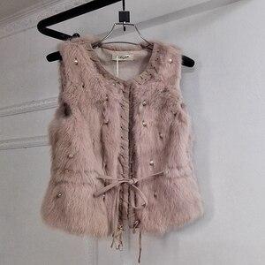Image 3 - MUMUZI ผู้หญิงของแท้กระต่ายจริงขนเสื้อ Slim เอวลูกปัดเสื้อกั๊กสั้น GILET เสื้อโค้ทกับ Tassels Raccoon FUR COLLAR