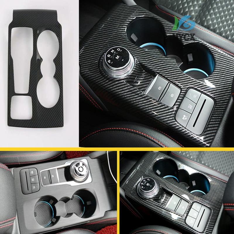 Otomobiller ve Motosikletler'ten Tamponlar'de Karbon Fiber stil ABS vites değiştirme vites paneli kapak araba Styling aksesuarları Ford yeni odak 2019 2020 ST title=