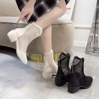 Buty damskie buty buty 2021 nowe buty Martin letnie krótkie buty wiosna jesień buty buty Zapatillas Mujer Chaussure Femme tanie i dobre opinie yunyiwa Klinowe buty na deszczową pogodę CN (pochodzenie) Zima Do kolan W stylu koreańskim Mesh Stałe Adult okrągły nosek