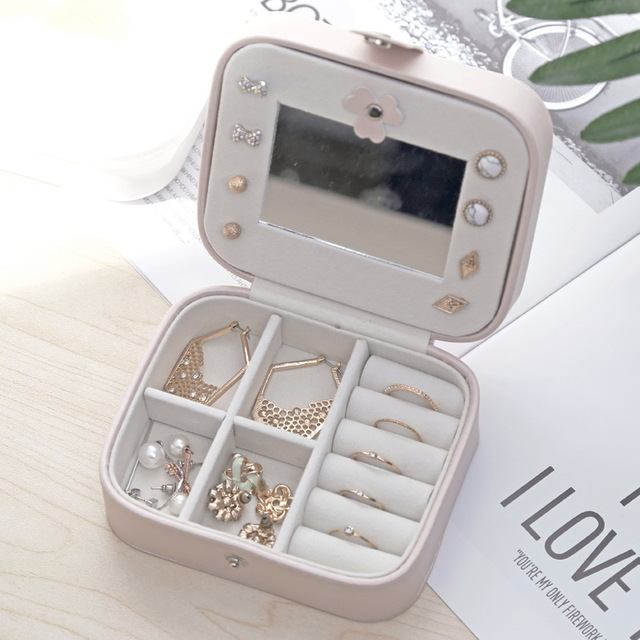 Leather Buttoned Jewelry Box Small Jewelry Organizer Simple Style Gift Boxes For Jewellery Decoration Storage Bag