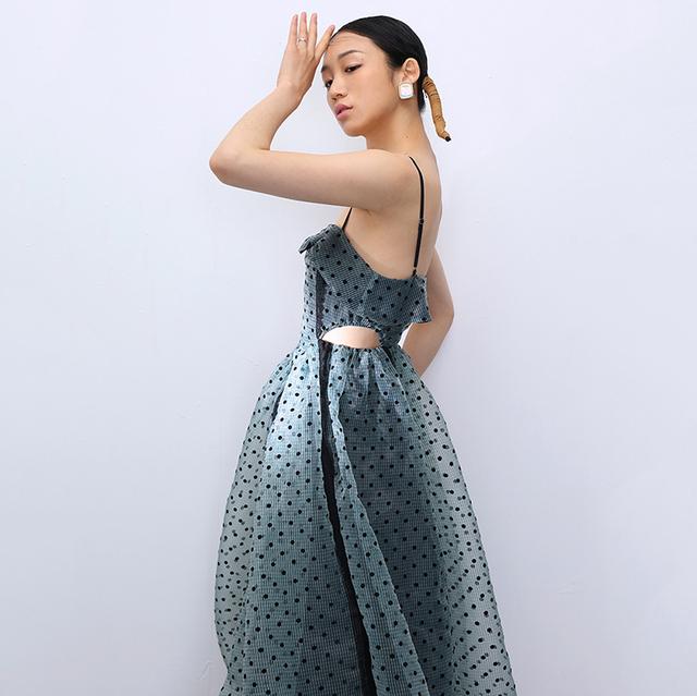 [EAM] Women Green Hollow Out Dot Mesh Temperament Strapless Dress New Sleeveless Loose Fit Fashion Tide Spring Summer 2020 1T918