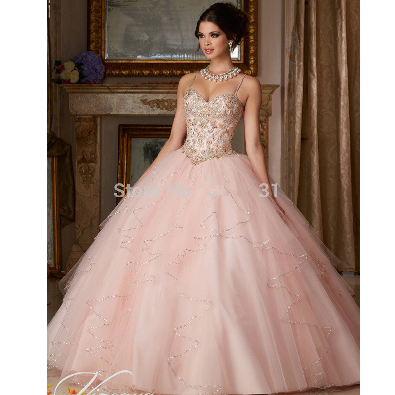 Blush Pink Cheap Quinceanera Dresses Ball Gown Spaghetti Straps Tulle Beaded Crystals Sweet 16 Dresses