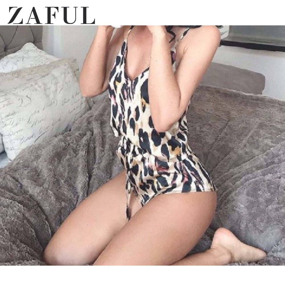 ZAFUL Women Snake Print Satin Cami Top Shorts Pajama Set Spaghetti Straps Pleated Sleepwear Two Piece High Cut Pajamas Home