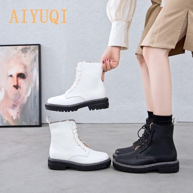 Aiyuqiブーツ女性2020本革の女性のブーツレースアップホワイト冬の女性の靴ノンスリップ女の子マーチンブーツ