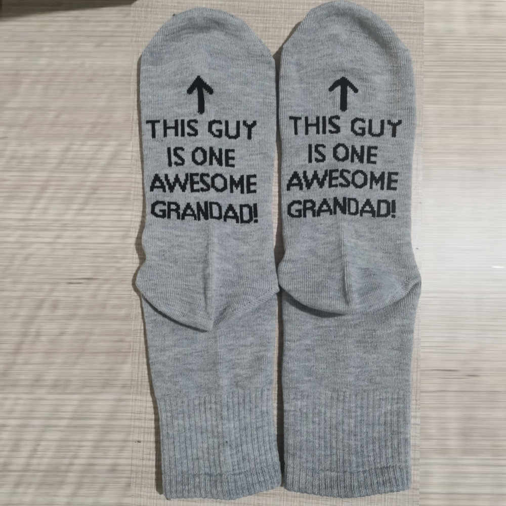 ถุงเท้าผู้ชายตัวอักษรตลกพิมพ์ Casual Unisex ถุงเท้านี้ Guy เป็น Awesome DAD ผ้าฝ้าย Ribbed ชุดชั้นในพ่อของขวัญ
