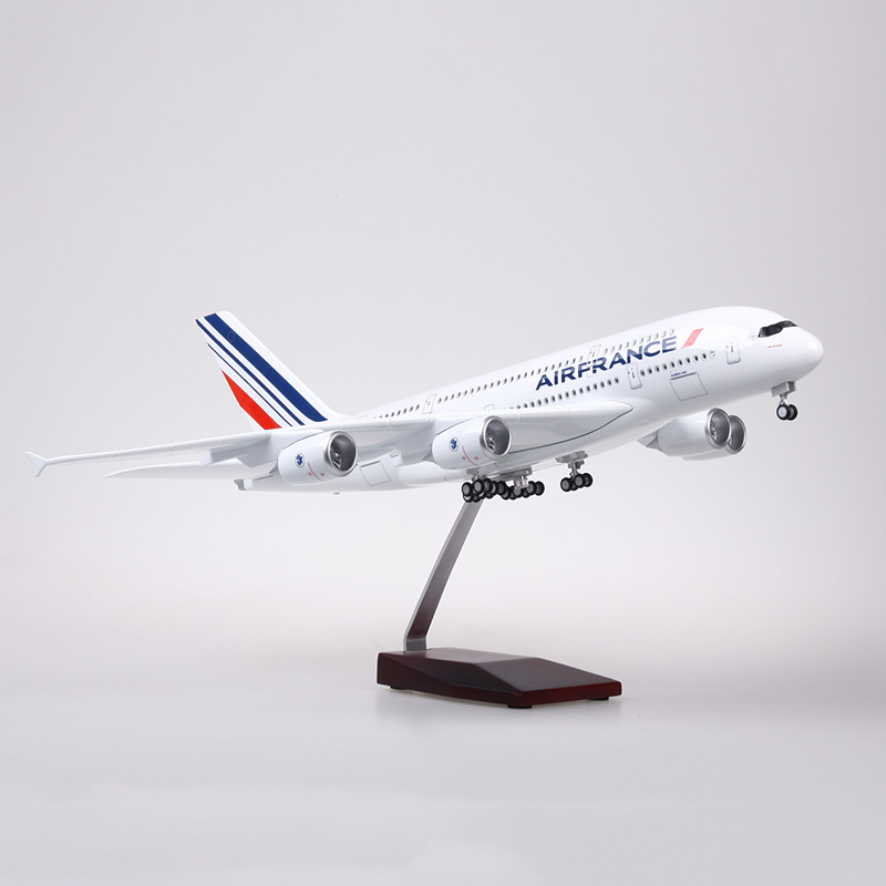 1/160 Scale 50.5CM Airplane Airbus A380 Air France Airline Model W LED Light & Wheel Diecast Plastic Resin Plane For Collection