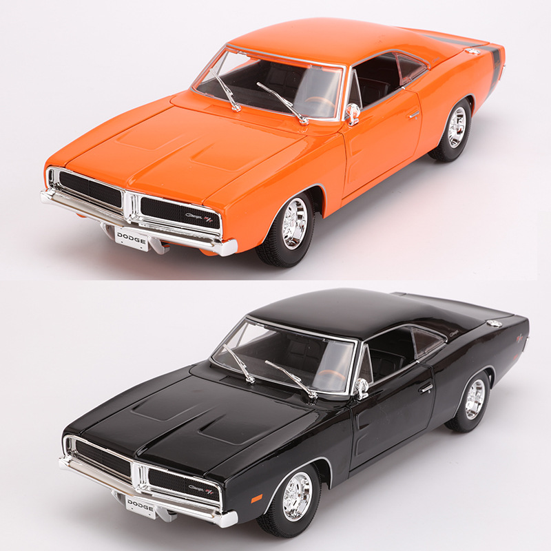 Maisto 1: 18 Alloy Car Model 1969 Dodge Challenger RT Speed And Passion Model Sports Car Model