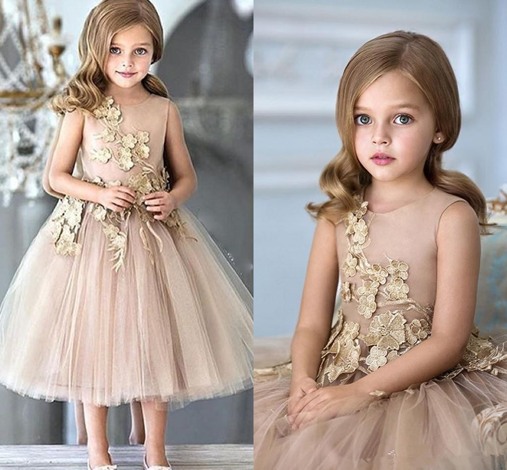Flower Girls Dresses For Weddings Champagne Tulle Appliques Tea Length A Line Girls Pageant Gowns Zipper Back Customized Kids