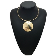 Women Punk Necklace Choker Pendants Necklaces Gold Color Collar Necklace Statement Necklace Maxi Big Circle Metal Round meild big crystal clear pendants necklace women fashion punk statement collar choker necklaces jewelry party gifts