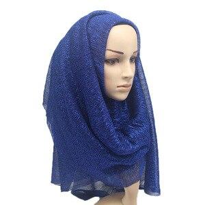 Image 2 - 2020 새 여름 숙 녀 골드 이슬람 Crinkle 주름 반짝이 쉬머 Hijab 스카프 목도리 여성 Pleated 이슬람 아랍 머리 스카프