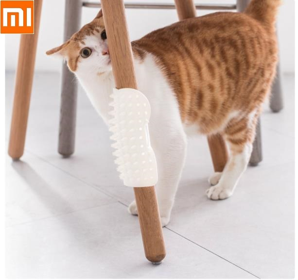 Xiaomi Pet Cat Dog U Mark Itching Brush Soft Silicone Comfort Massage Corner Massage Brush Hair Removal Comb Scratch Itches