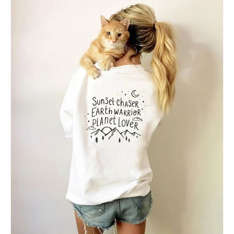 Sunset Chaser Earth Warrior Planet Lover Sweatshirt Trendy Women Graphic Nature Pullovers Funny Crewneck Slogan Hoodies 90s Tops