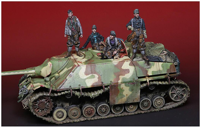 1/35 Ancient Warrior Just Include 4 Figure (NO TANK NO BAG )  Resin Figure Model Kits Miniature Gk Unassembly Unpainted