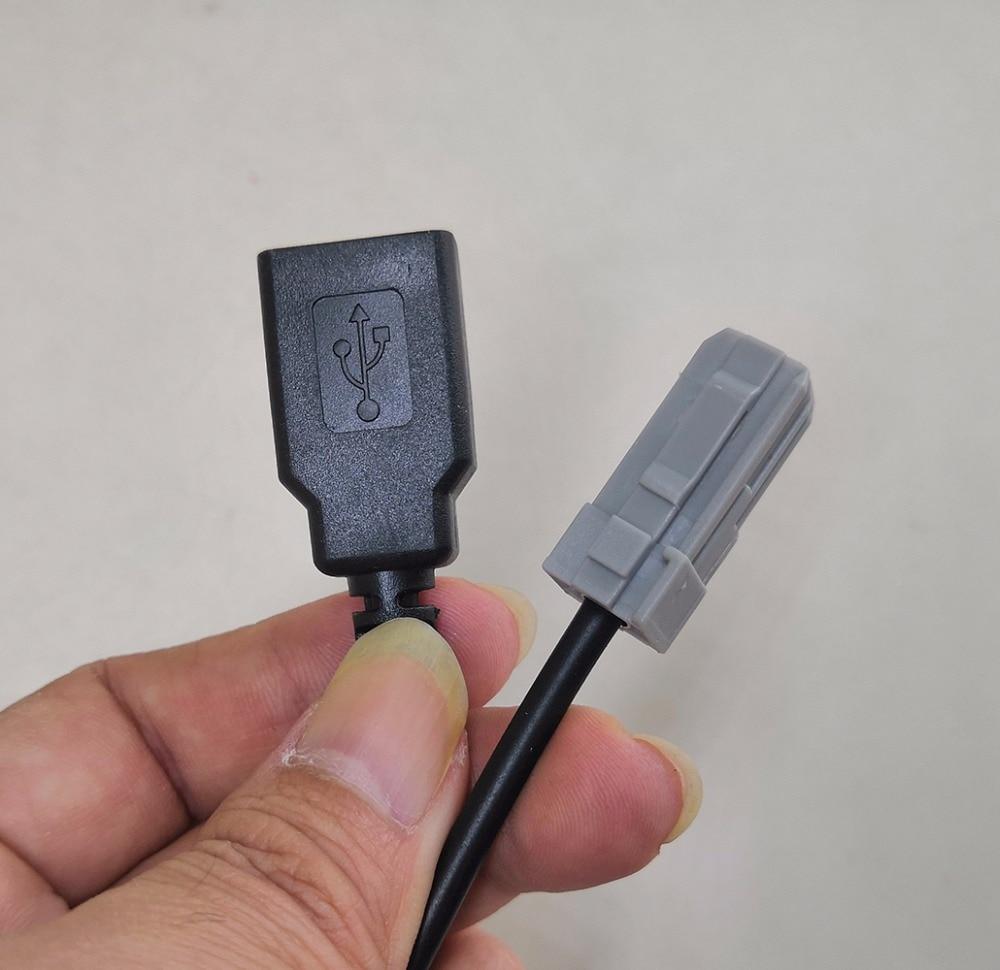 Car AUX USB MP3 Audio Input Adapter Fit for Toyota Camry RAV4 Corolla Lexus