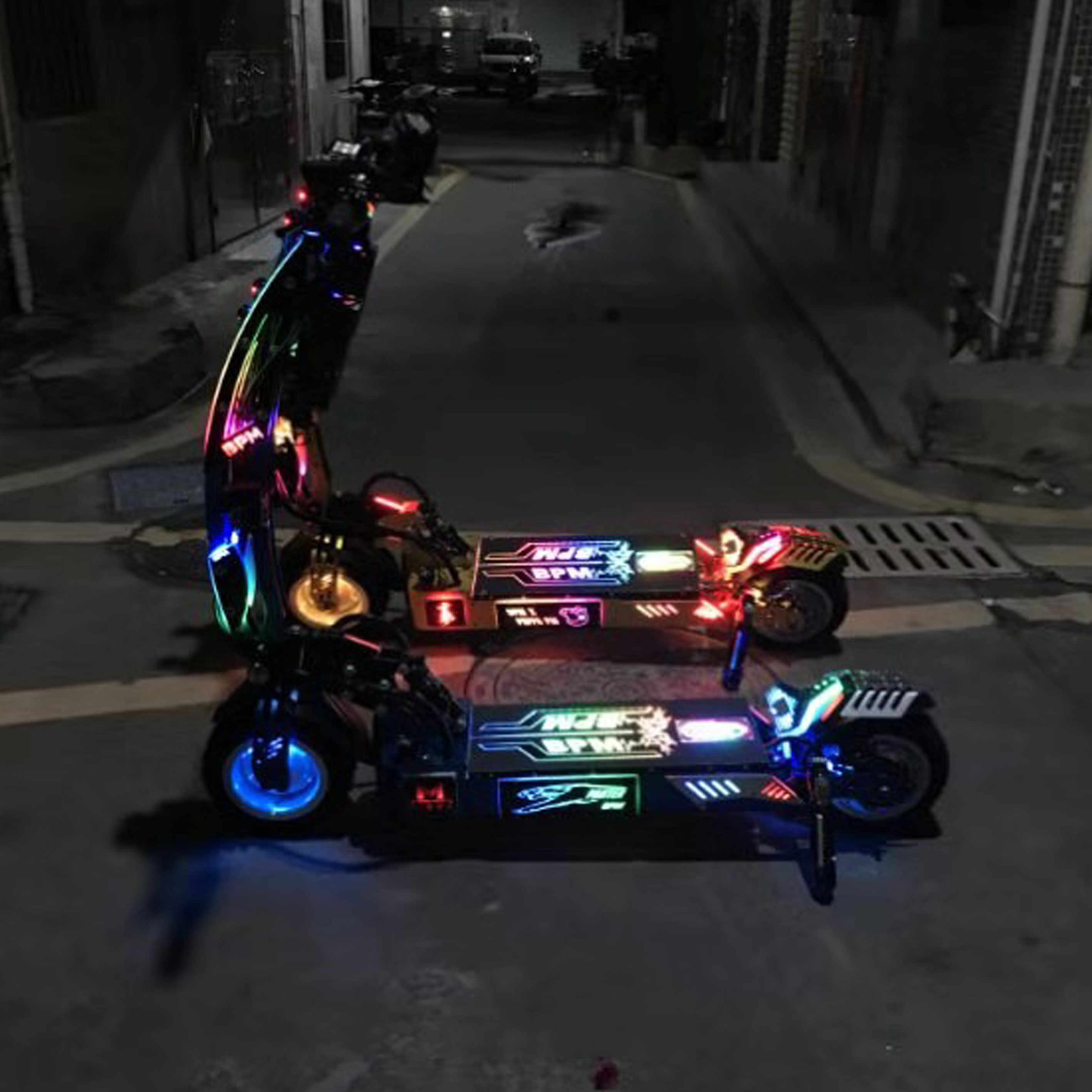 2019 KWHEEL CUSTOMISED SCOOTER led deck 60V 35Ah electric scooter