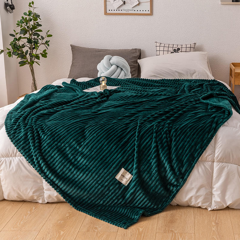 Bonenjoy Bed Blanket Green Color Soft Flannel Blanket Single Queen King Warm Plaids For Beds Mantas De Cama Thow Blankets