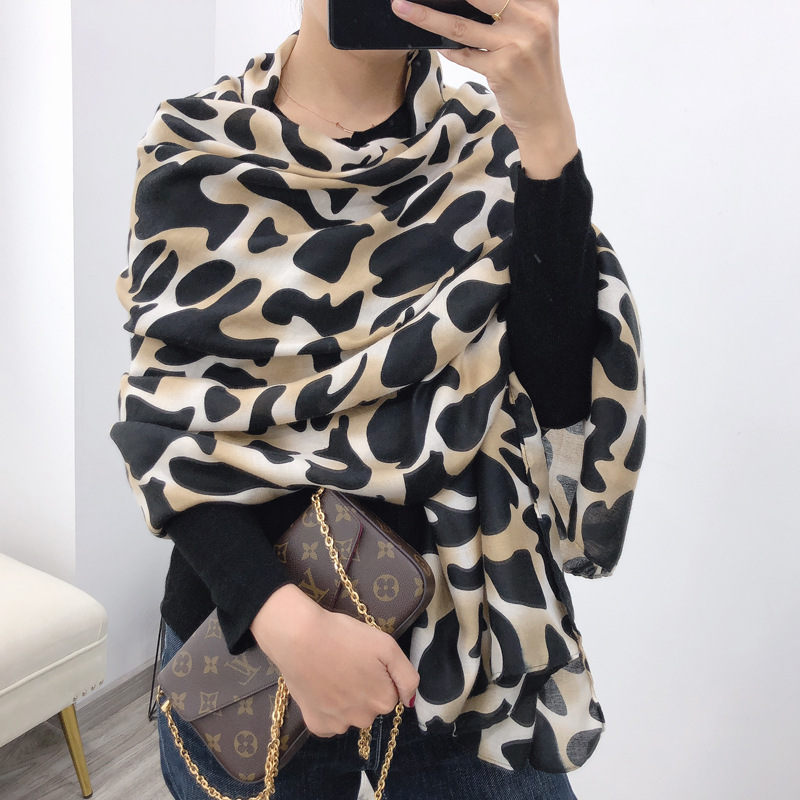 Leopard New 2019 Winter Scarf Plaid Foulard Women Cotton Scarves Neck Warm Hijabs Pashmina Lady Shawls And Wraps Bandana