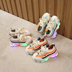 Детская светодиодная обувь, детские повседневные кроссовки, обувь для мальчиков и девочек, светящаяся, милая, с светильник, беговые кроссов...