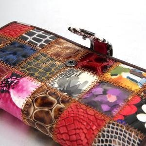 Image 4 - Westal bolsa de embreagem feminina carteira feminina couro genuíno colorido moeda bolsa feminina carteiras de couro feminino dinheiro sacos 4202