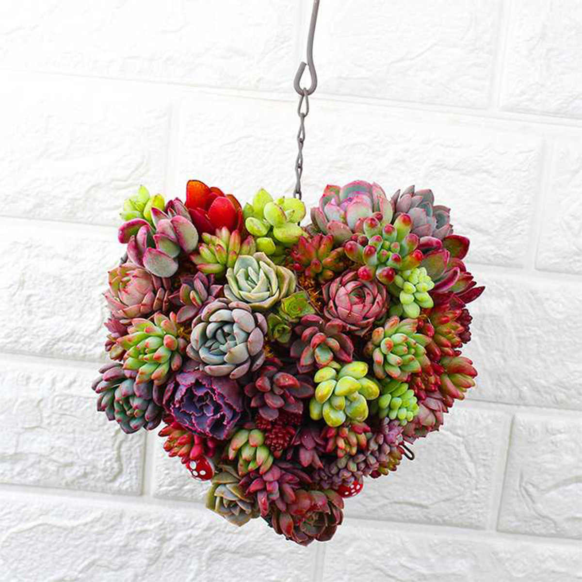 1PCS Heart Shape Iron Wire Wreath Hanging Metal Frame Home Cafe Plant Succulent Flower Basket Holder Pot A20