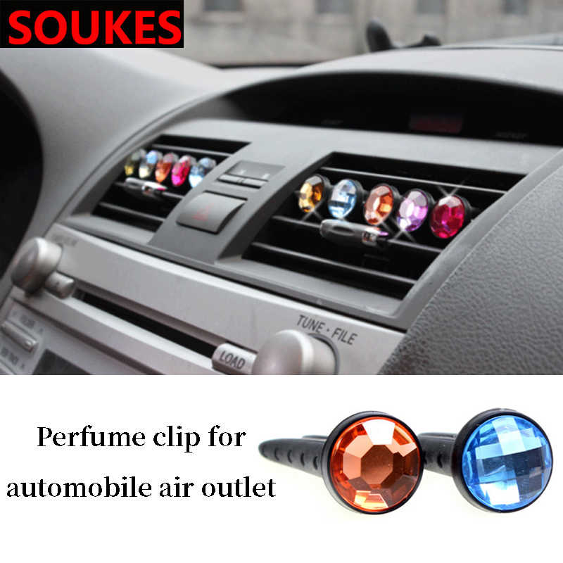 1pcs Diamond Car Air Freshener Outlet น้ำหอมคลิปสำหรับ VW Passat B5 B6 Polo Golf 4 5 Chevrolet Cruze lada Granta RAM Jeep