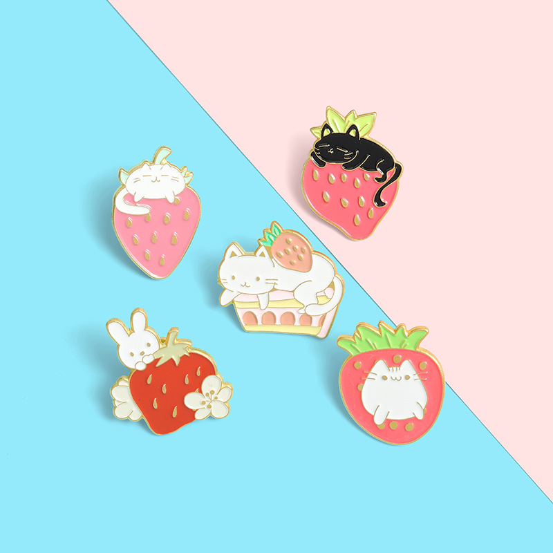 Cute Cartoon Strawberry Bunny Brooch Bag Clothes Portfolio Lapel Enamel Pin Badges Cartoon Jewelry Gifts For Student Friends