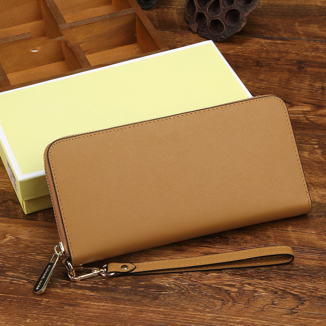 Women's Fashion Multicolor Leather Long Zip Clutch Wallet Large Capacity Long Card Holder Organizer Ladies Purse