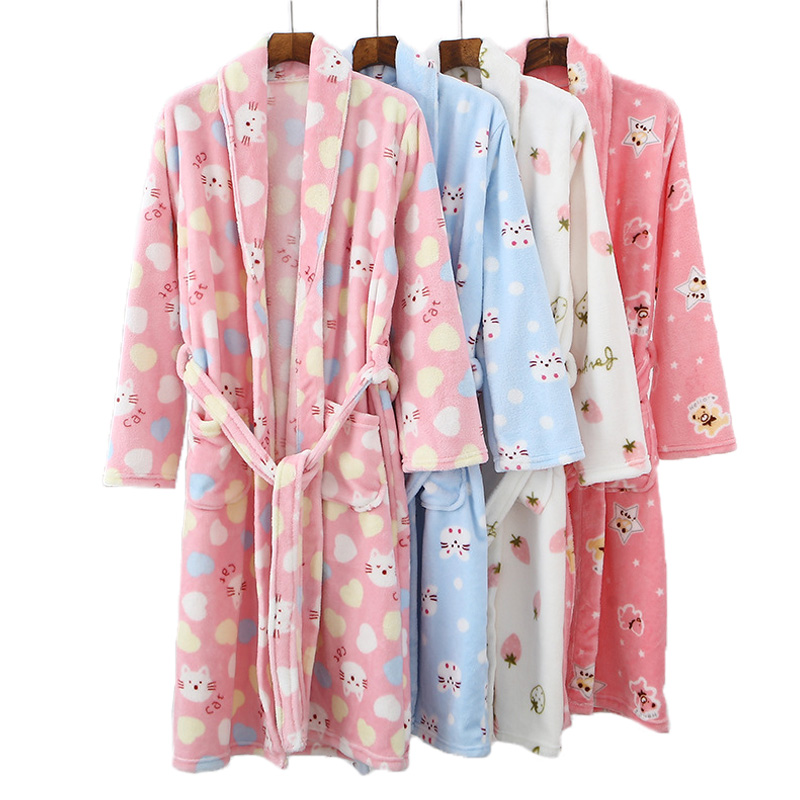 Parent-enfant tenue flanelle peignoir pyjamas 2020 vêtement de nuit pour enfants Robe pour fille garçons enfants vêtements maman fille vêtements