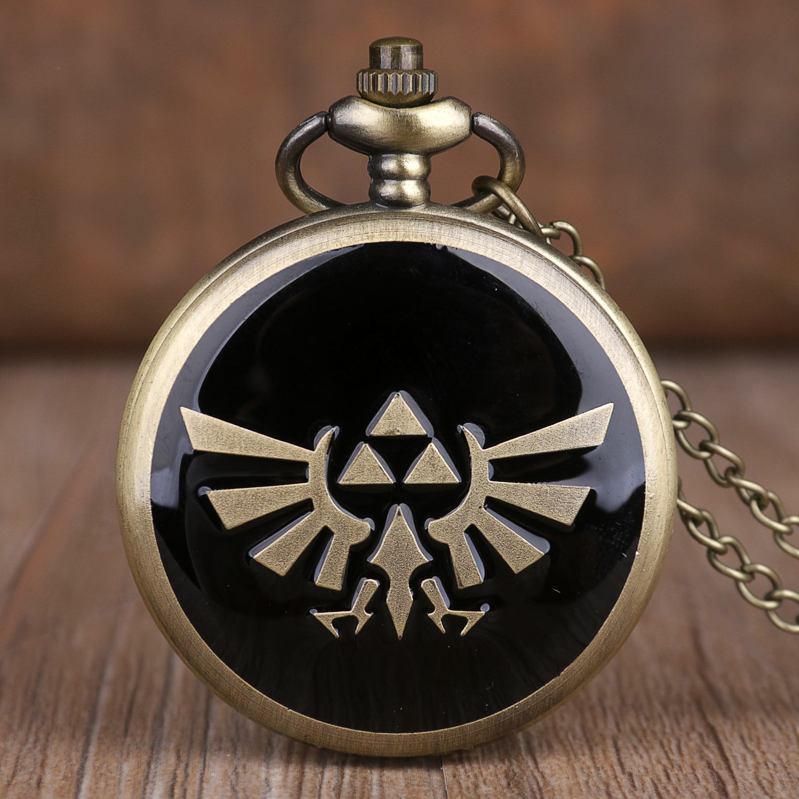 New Game Sword Theme Bronze Quartz Pocket Watches Analog Pendant Necklace Chain Pocket Watches Mens Womens Gifts