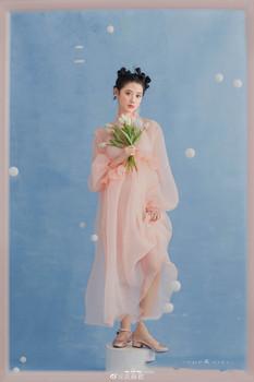 2021 Stereo perła sukienka ciążowa dla fotografii macierzyński tiul perła strój długi Kimono sukienka na sesja zdjęciowa tanie i dobre opinie MATERNITY CN (pochodzenie) Lato COTTON Śliczne Naturalny kolor Do połowy łydki Proste V-neck Pełne Sukno WOMEN Stałe