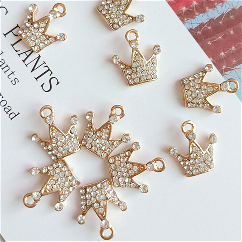 10pcs/lot 8*12mm Creative Gold Rhinestone Crown Pendant Buttons Ornaments Jewelry Earrings Choker Hair DIY Jewelry Accessories image