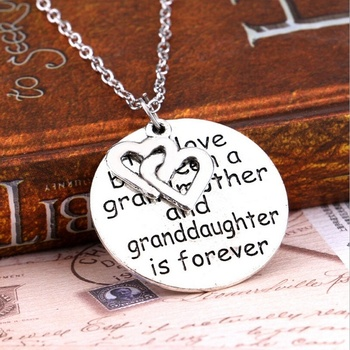 Love Between Grandmother And Granddaughter Pendant Necklace Heart Family Jewelry image