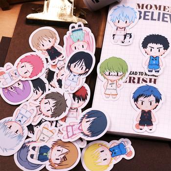 Anime Kuroko #8217 s koszykówka naklejki DIY Cartoon wodoodporne etykiety na walizki gitara telefon naklejka motocyklowa Decor Kise Ryota Kuroko Tetsuya tanie i dobre opinie RANMO CN (pochodzenie) Stickers Unisex kostiumy