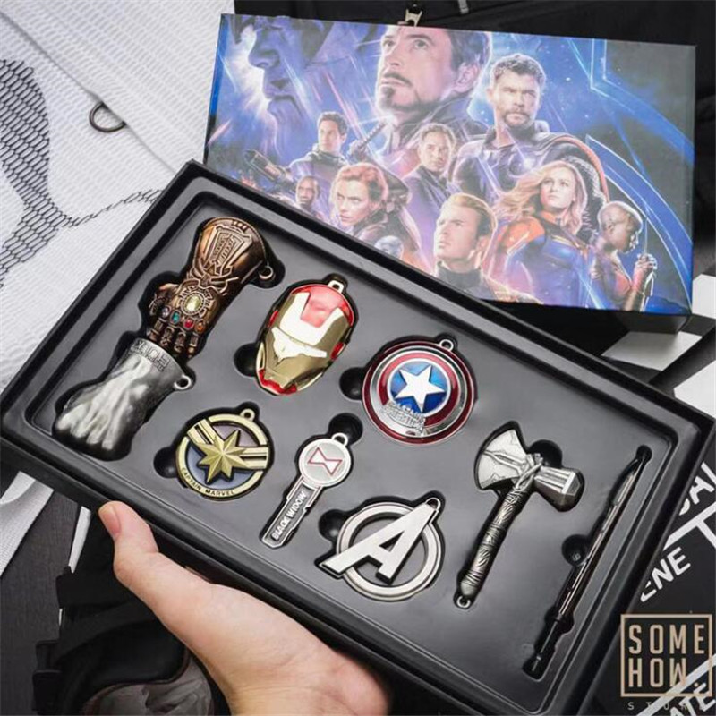 Hot New The Avengers Endgame Key Chain Cosplay Badge Iron Man Thor Hulk Necklace Set Alloy Gift