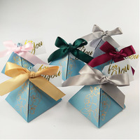 Triangular Pyramid Paper Candy Boxes Wedding Favors And Gift Box With Dank Card & Band Party Delivers Wedding Decoration