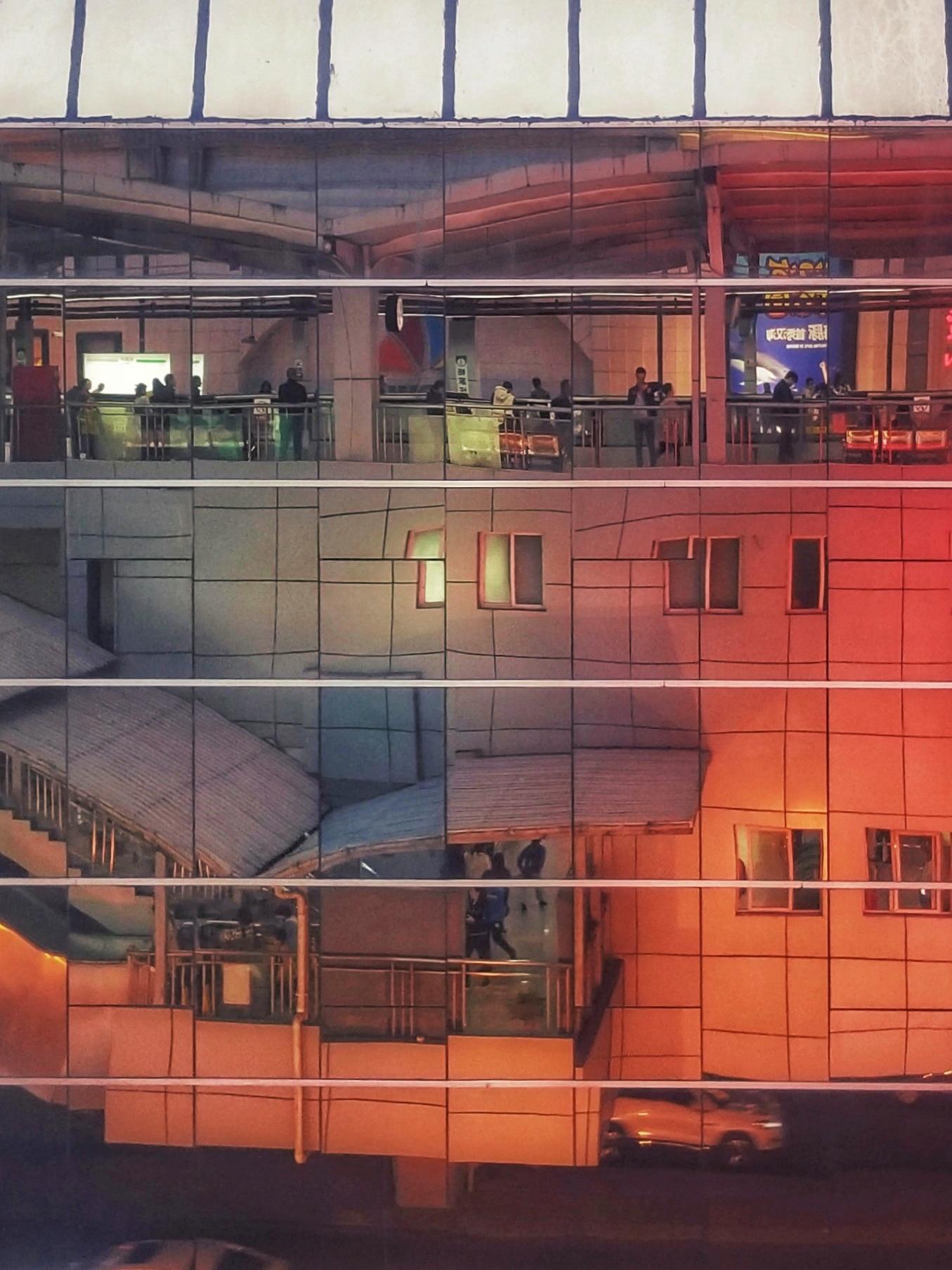 路过重庆二号线杨家坪轻轨站插图3