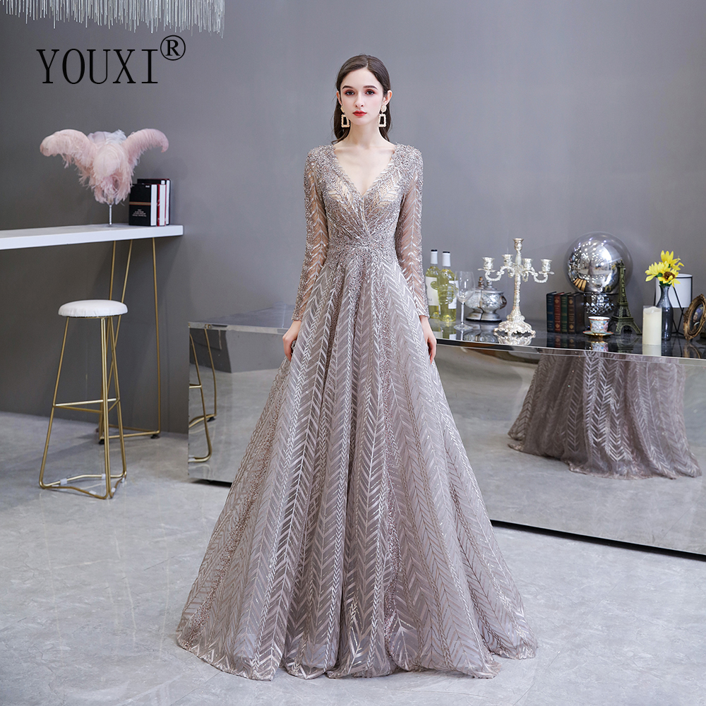 Dubai Luxury Long Sleeve Evening Dress 2020 Gorgeous V-Neck Lace Pleated Beaded Crystal Sexy Formal Gown