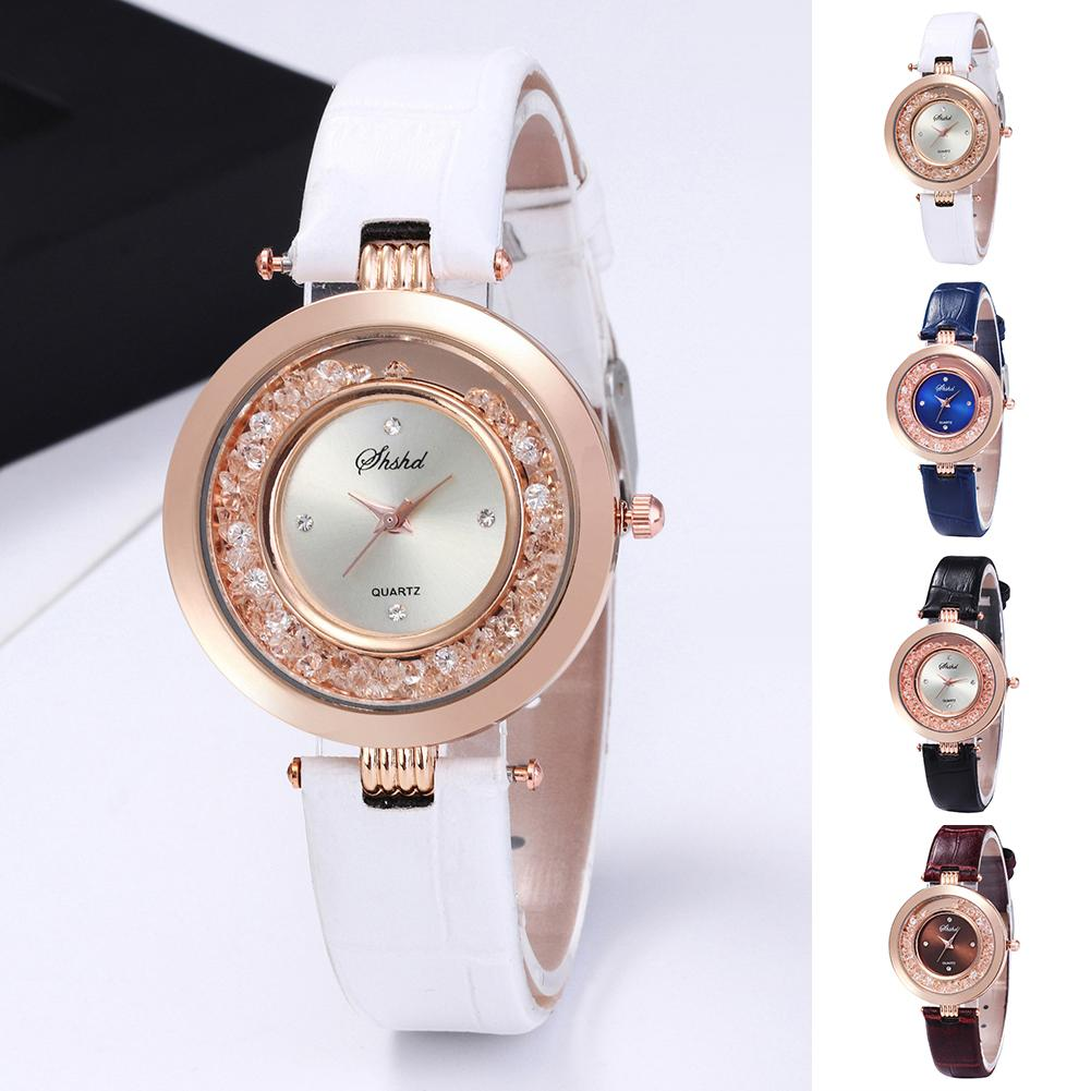 Fashion Woman's Watches Shiny Rhinestones Quicksand Female Watch Faux Leather Band Quartz Ladies Wrist Watches Relogio Feminino