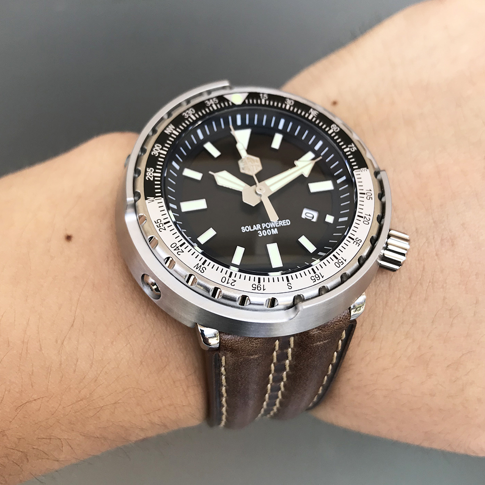 San Martin New Tuna SBDC035 Wrist Watches Stainless Steel Diving Watches 30ATM Solar VS37 Movement Quartz Watch For Men Women