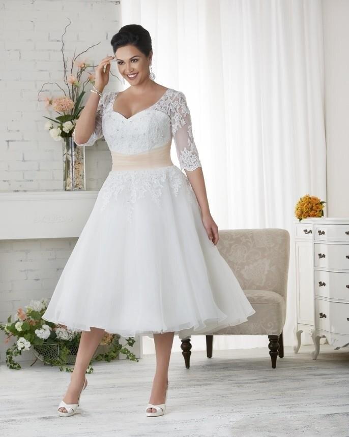 Tea Length Plus Size Wedding Dresses Half Sleeves Sweetheart Applique Lace Short Bridal Gowns Champagne Sash A Line Vestidos