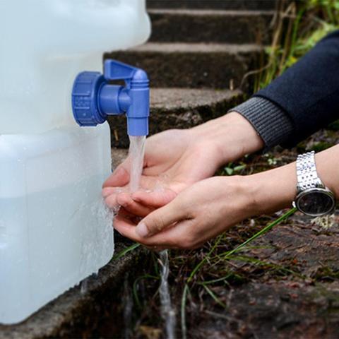 ar livre auto conducao de armazenamento agua
