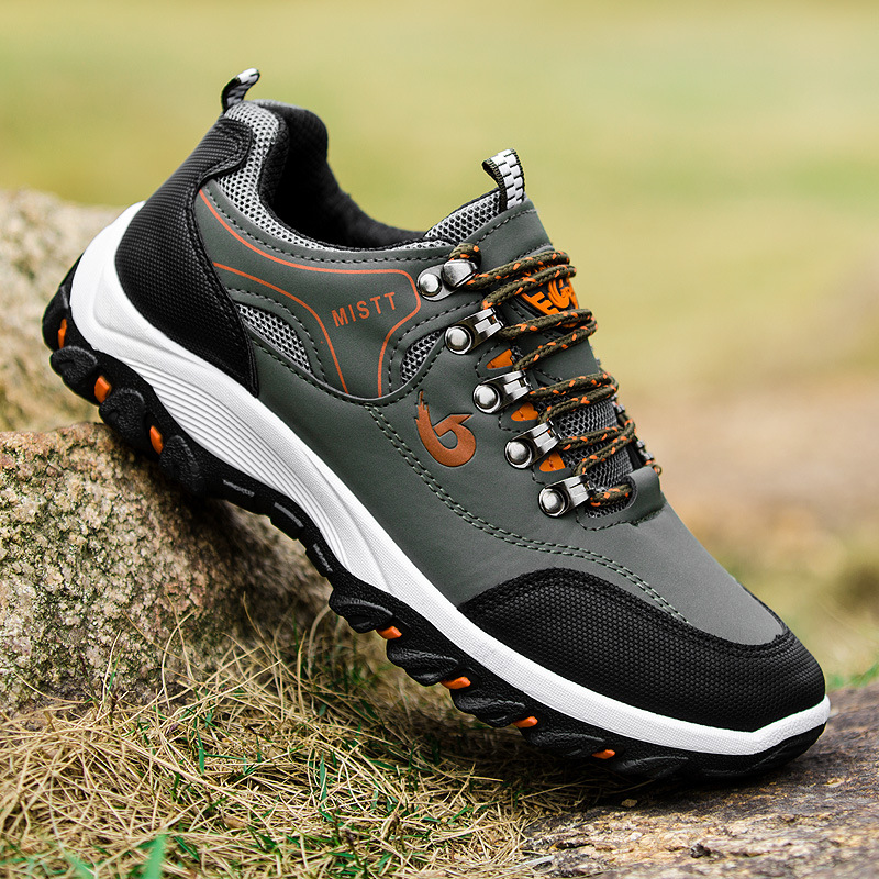 Outdoor Men hiking shoes Breathable anti-skid Wear-resistant lace-up sneakers New mens climbing camping shoesTravel sports shoes